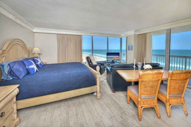 1013 - Daytona Beach Resort - Corner Studio - Panoramic View !!, holiday rental in Holly Hill