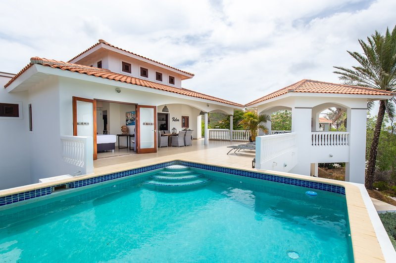 ♢ Tropical Paradise at Coral Estate w/ Sea View ♢, holiday rental in Sint Willibrordus
