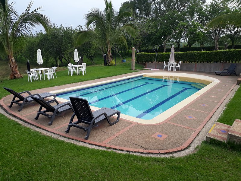 Alojamiento Rural LOS CEREZOS. Montenegro. Quindio., vacation rental in Montenegro