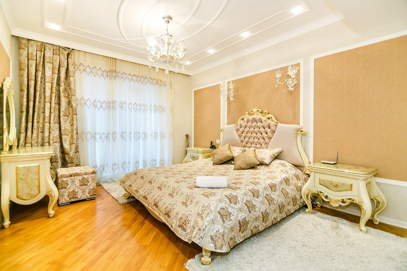 IN THE CITY CENTER WITH SEA VIEW APARTMENT IN PORT BAKU BY TİME GROUP, holiday rental in Absheron Region