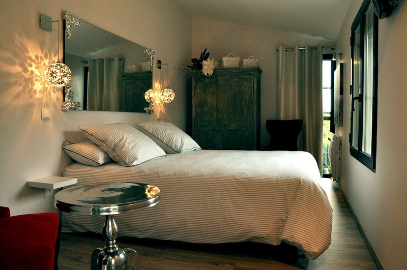 Le jardin dOreade - Private room in guest room, vacation rental in Lescure-d'Albigeois