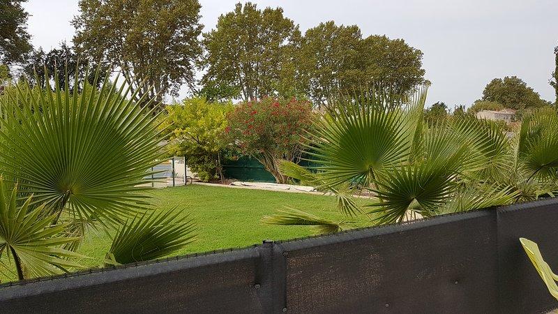 Gite de charme en Provence au pieds des ALPILLES, holiday rental in Senas