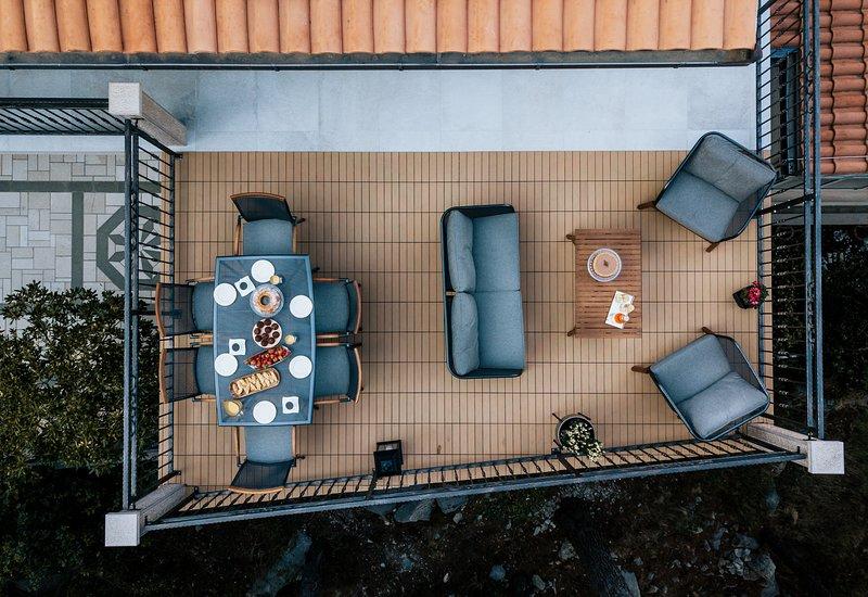 Villa AMore Brela - Big apartment with terrace and seaview, alquiler de vacaciones en Brela