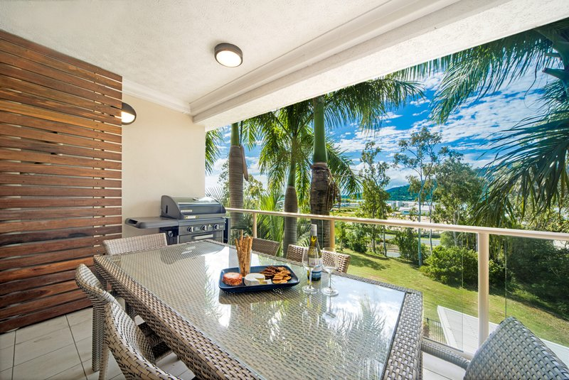 Phil's Place on Airlie, holiday rental in Flametree