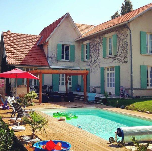 Chambres d'hôtes 'Cap Ferret' 2 pers au coeur des vignes du Fronsadais, holiday rental in Saint Martin de Coux