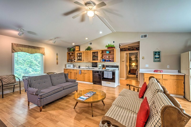 NEW! Lake Cumberland Cottage: 2 Miles to Marina!, vacation rental in Columbia