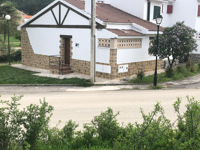 casa rural chincha, holiday rental in Noguera de Albarracin