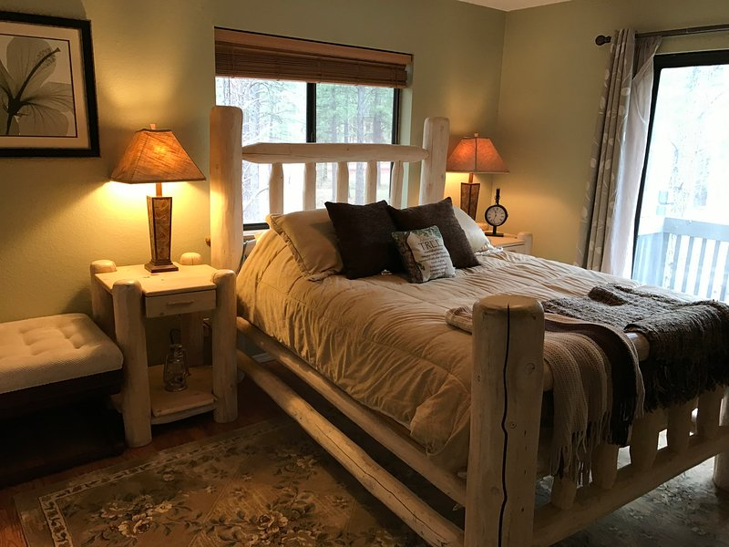 Guest Suite near Grand Canyon-Horseback Riding-Target Shooting-Dogs OK!, holiday rental in Parks