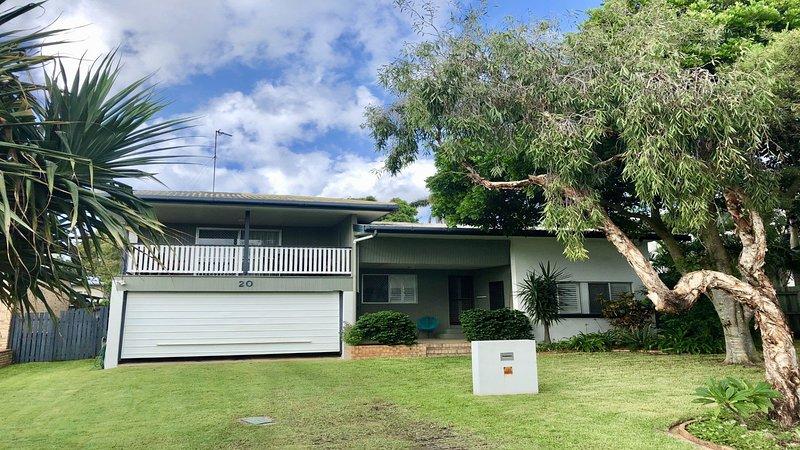 20 Mackay St Dicky Beach QLD, vacation rental in Dicky Beach