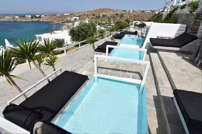 Votsalaki Resort Mykonos- Apartment with Pool 12, vacation rental in Paradise Beach