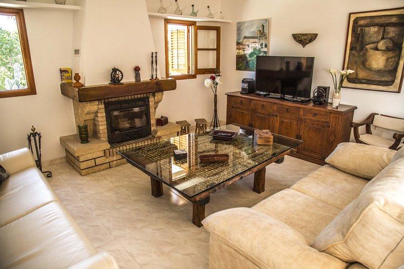 Villa - 4 Bedrooms with Pool - 108507, holiday rental in Es Codolar