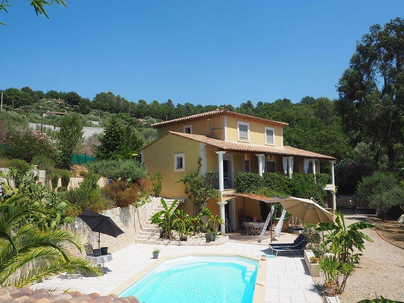 La Villa Jasmin - Coté Piscine, location de vacances à Montauroux