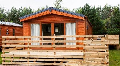 Maple Lodge - stunning 2 bed lodge, Felmoor Park Northumberland, HOT TUB, aluguéis de temporada em Longhorsley