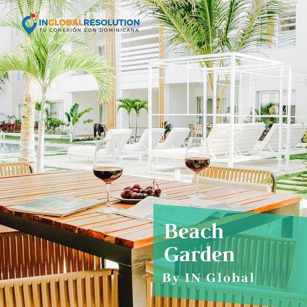 Luxurious Condo Steps From The Beach E1 Los Corales Playa Bavaro – semesterbostad i El Cortecito