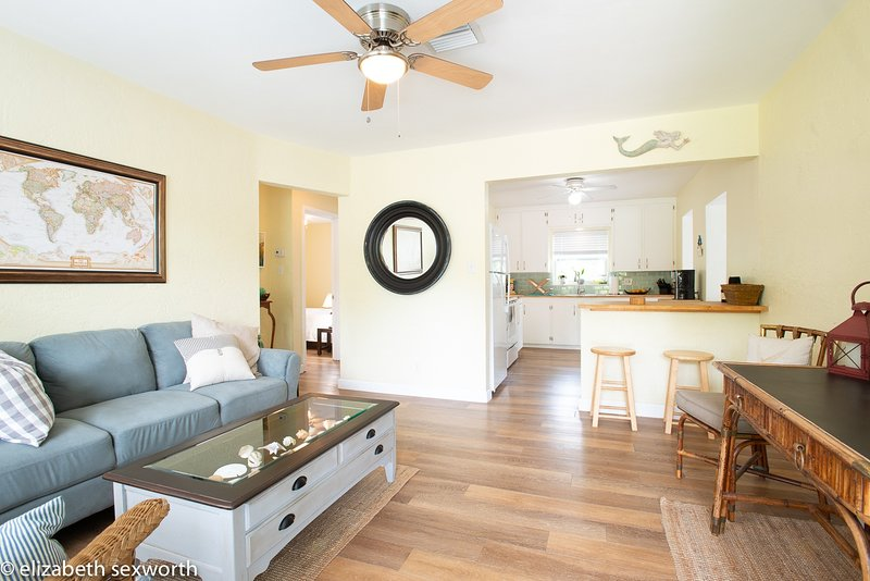 Private and Gracious Florida Cottage, alquiler vacacional en Gulfport