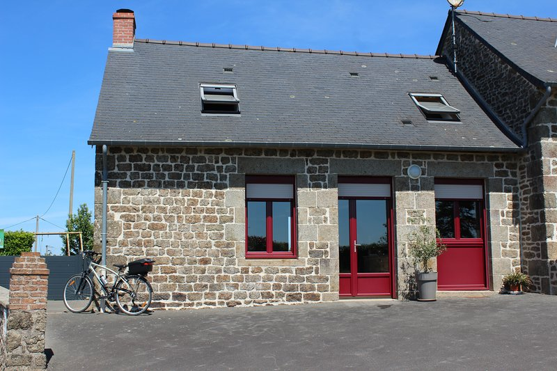 Gite La Loussaudrie, location de vacances à Saint-Germain-en-Coglès