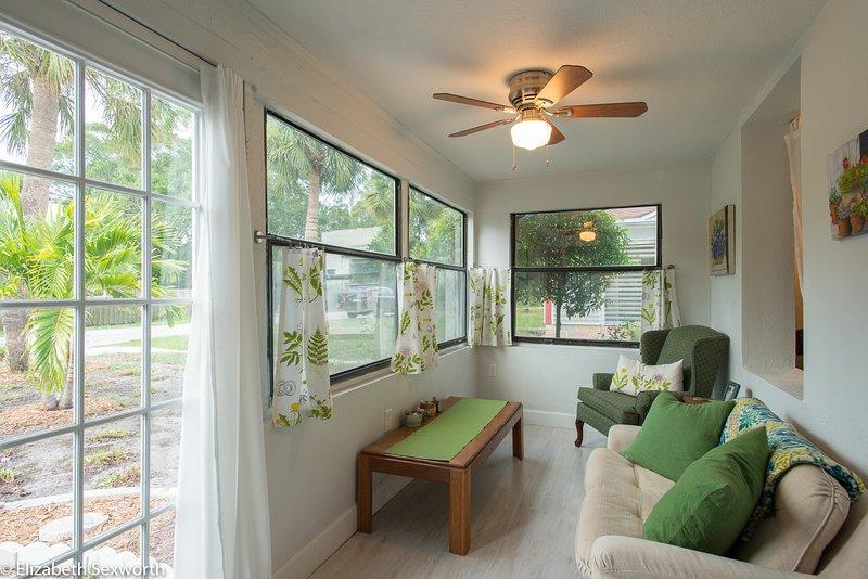 3/2 in Gulfport yard, Wifi, pets welcome  - Casa Sol, alquiler vacacional en Gulfport