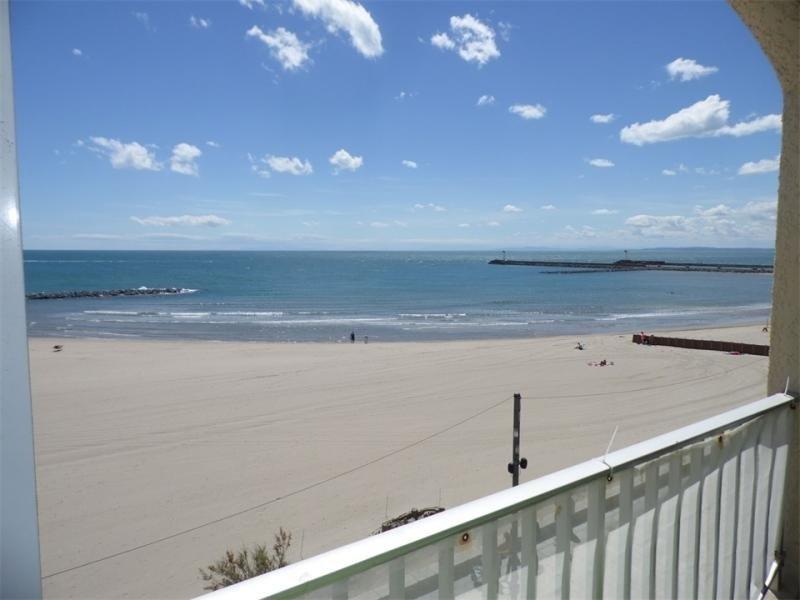 GRAU D'AGDE  : T3 en front de mer, holiday rental in La Tamarissiere