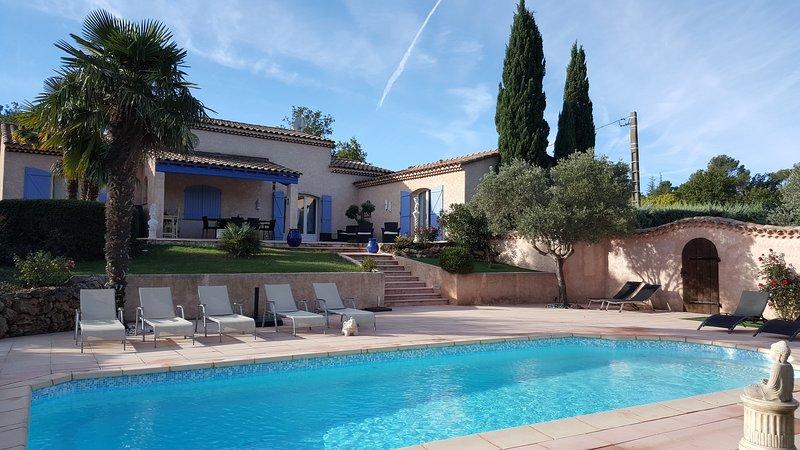 Chambre d'hôtes labellisée par la Provence Verte, vacation rental in Forcalqueiret