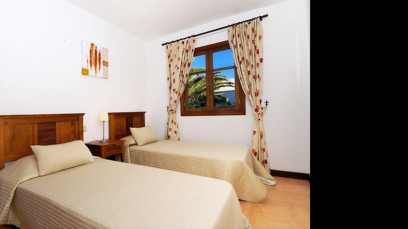 Villa Red Mountain Private Pool Playa Blanca, casa vacanza a Yaiza