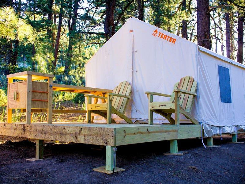 Tentrr Signature Site - Lost Sierra Base Camp, vacation rental in Sierra City