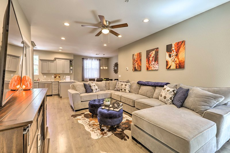 Upscale Living in Flagstaff: 2Mi to NAU & Downtown, holiday rental in Bellemont
