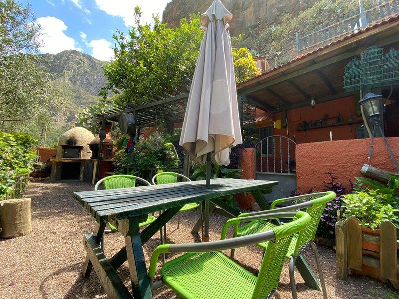 Beautiful house with garden & Wifi, casa vacanza a Aguimes