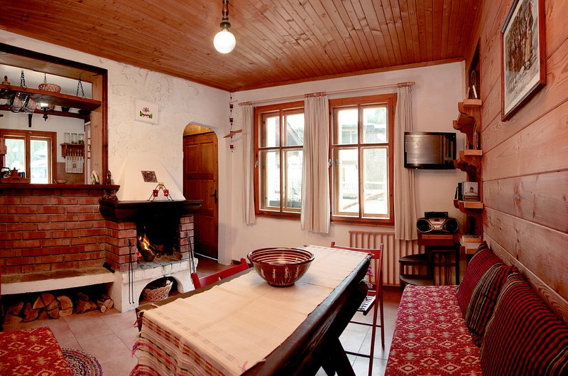 Къща край реката - Триград / House by the river - Trigrad, vacation rental in Beden