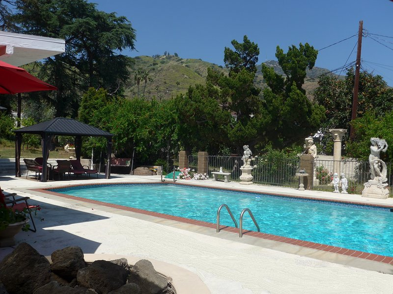 Your Own Private Resort, vacation rental in Glendale