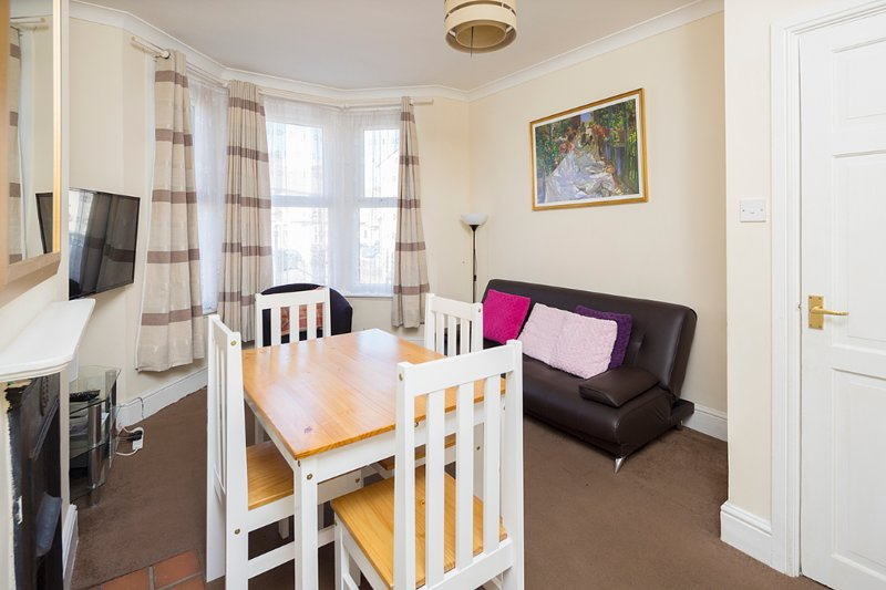 Welcoming Flat apartment in Medway, holiday rental in Halling