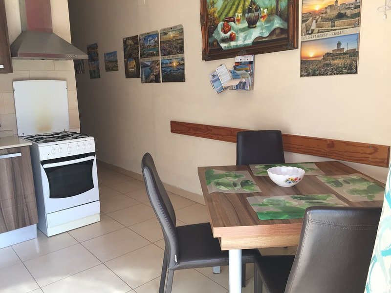 Apartment, Xlendi Bay. Gozo., location de vacances à Xlendi