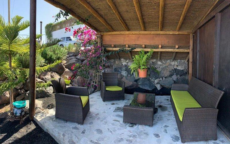 Palmital bajo casa canaria, aluguéis de temporada em Telde