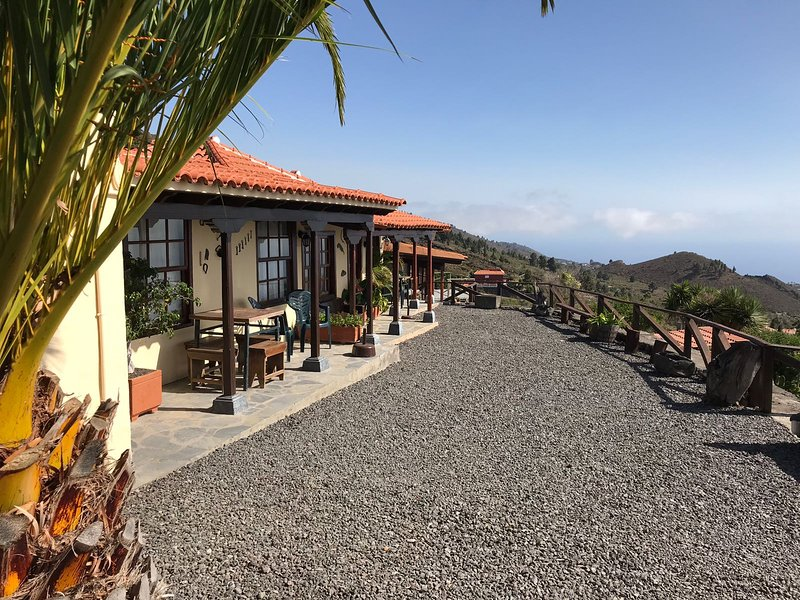 Espectacular casa rural en la isla de La Palma, holiday rental in El Paso