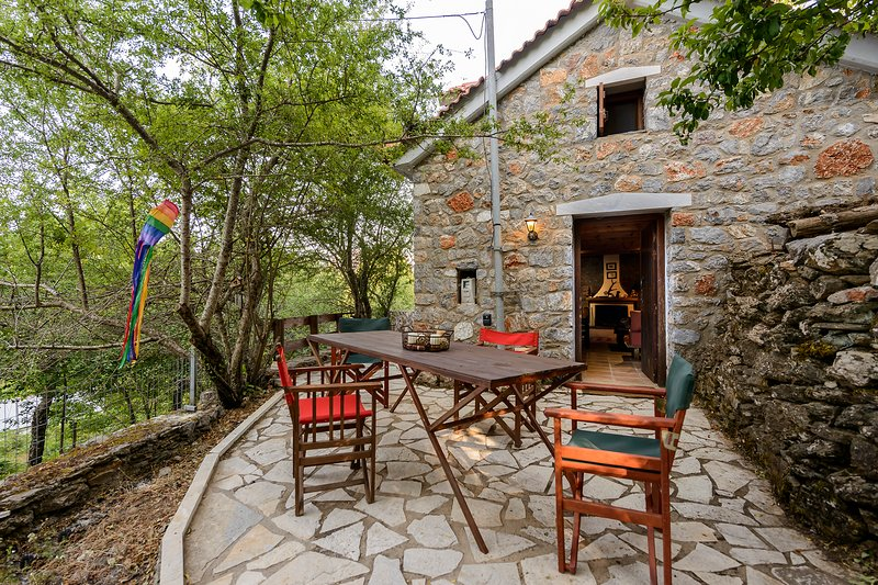 Mountain experiences / Relaxing in the forest, holiday rental in Sparta