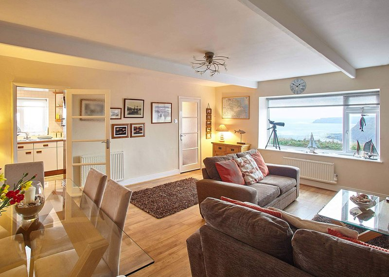 View Point Apartment, holiday rental in Hinderwell