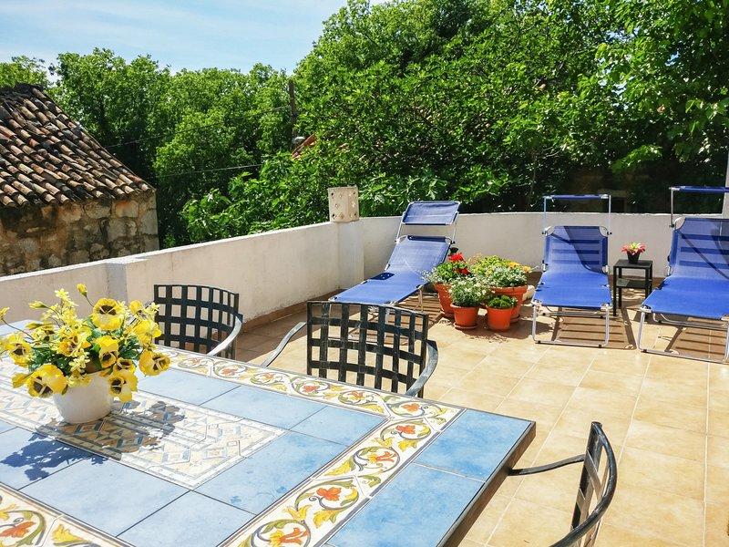 N&M (SRD181), holiday rental in Seline