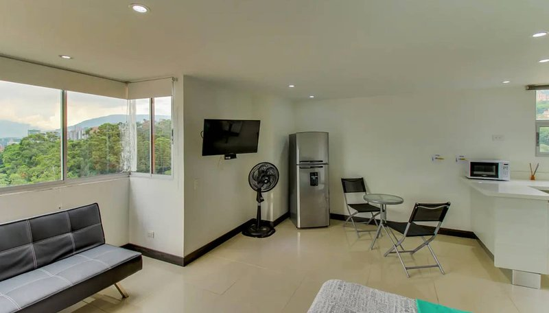 City View Apartment And Perfect Location, vacation rental in Envigado
