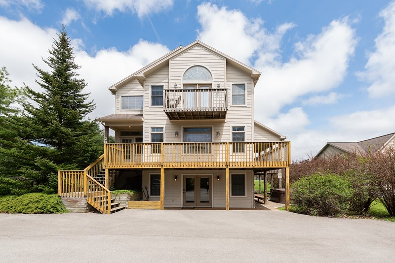 Westwind, vacation rental in McHenry