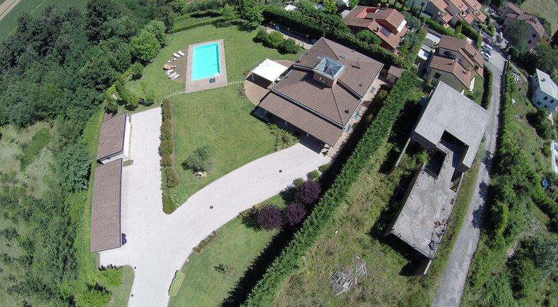 Villa Susanna-Luxury villa, A/C, private pool, WIFI, vacation rental in Monte San Quirico
