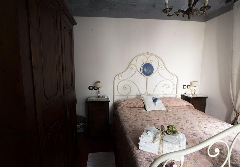 Appartamento per famiglie in casa storica, alquiler vacacional en Sant'andrea in Casale