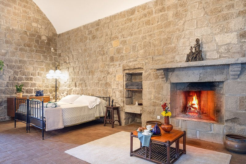 Fire room, holiday rental in Ligia