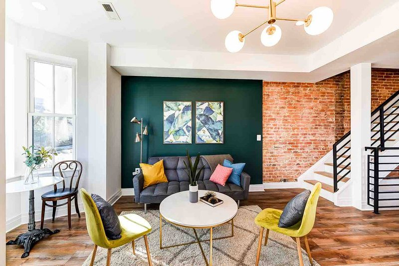 Modern Historic DC Home ★ By Convention Center, vakantiewoning in District of Columbia
