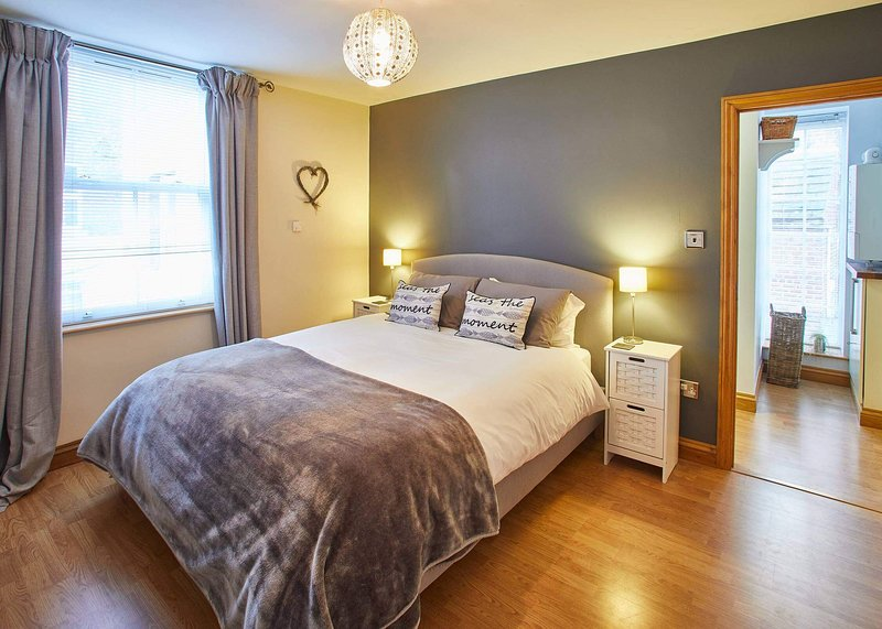 Oystercatcher Apartment, holiday rental in Whitby