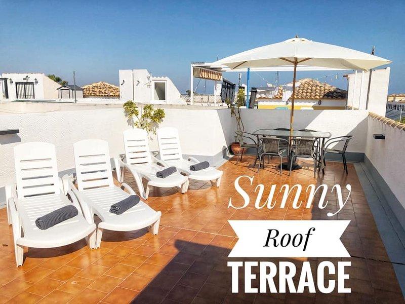 Dymonds 700 Rental, Close to bars & Restaurants, casa vacanza a Gran Alacant