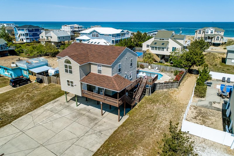 Care Free | 420 ft from the beach | Private Pool, Dog Friendly, alquiler de vacaciones en Virginia Beach