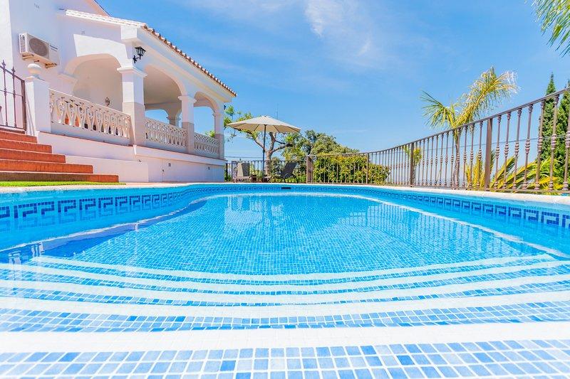 Cubo's Villa Esmeralda, aluguéis de temporada em Alhaurin el Grande