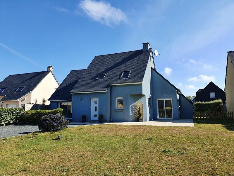 Blue House (BAY403), alquiler de vacaciones en Bretteville-sur-Ay
