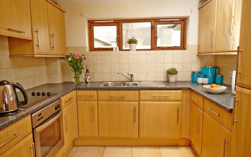 Nutley Edge  - Traditional style cottages, holiday rental in Piltdown