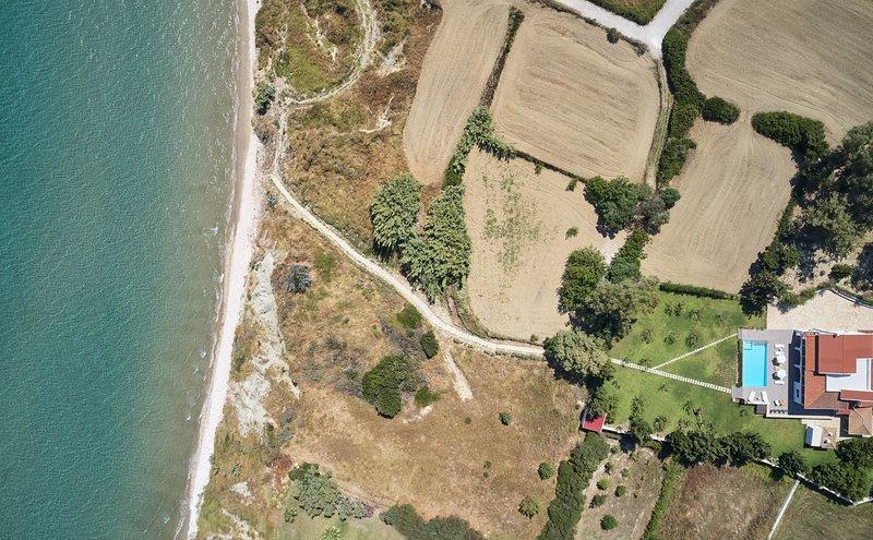 One&Only Beach Front Rivazzurra Luxury Villa, location de vacances à Porto Koukla