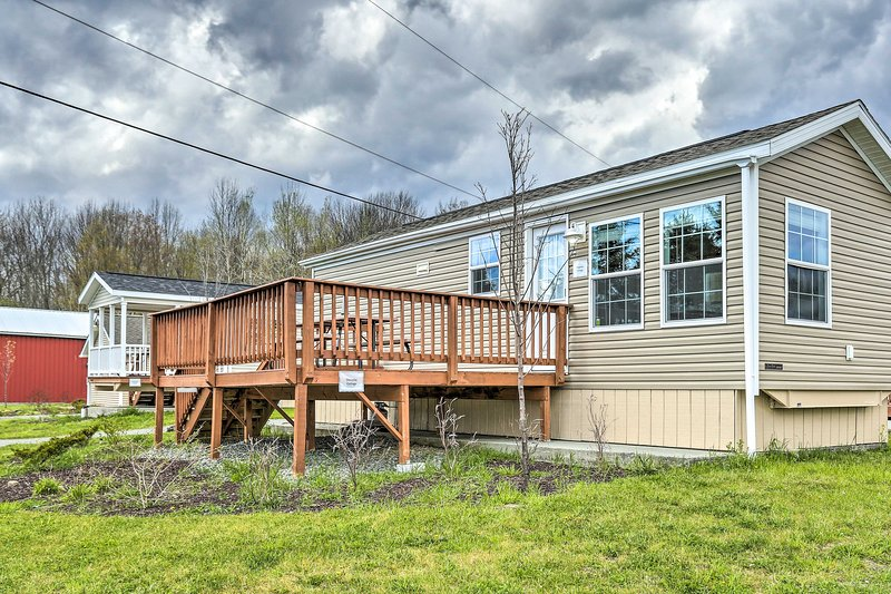 This vacation rental features a private deck for guests' enjoyment.